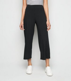 Black Ribbed Wide Crop Trousers